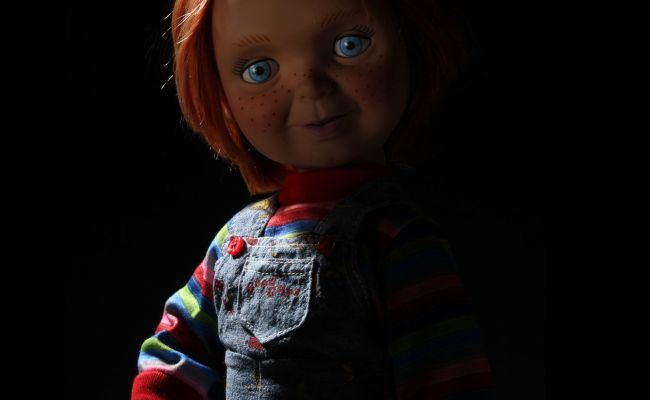 Mezco Is Releasing A Talking Pre Possession Chucky Doll