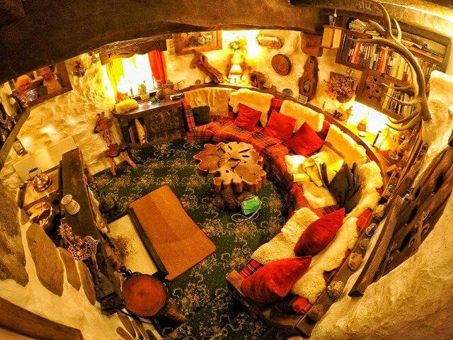 uncles-hobbit-house-16.jpg