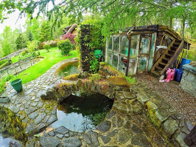 uncles-hobbit-house-two.jpg
