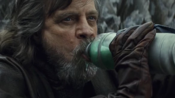 mark-hamill-complains-about-the-last-jedi-again-this-time-its-about-milking-the-alien-creature-social.jpg