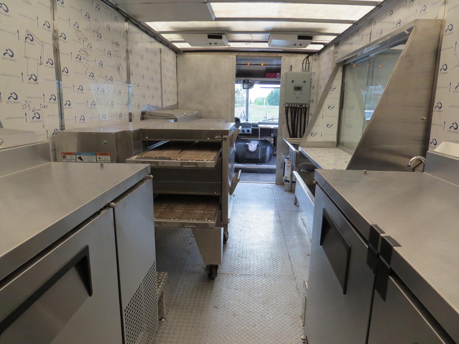 Brozinni Pizzeria Custom Food Truck  Jezroc Metalworks