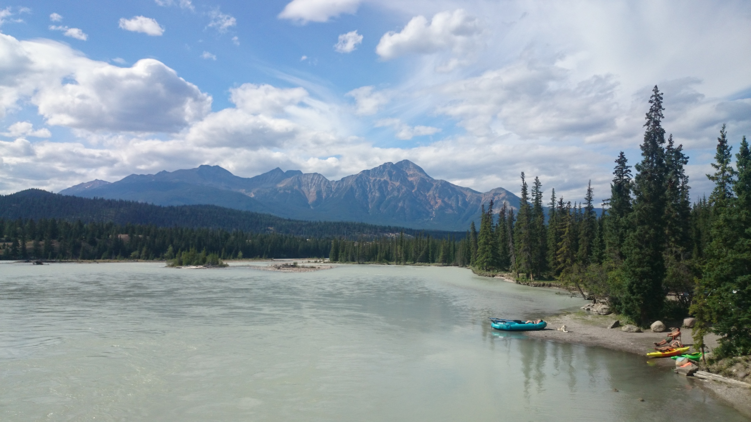 Athabasca River, Old Fort Point side view