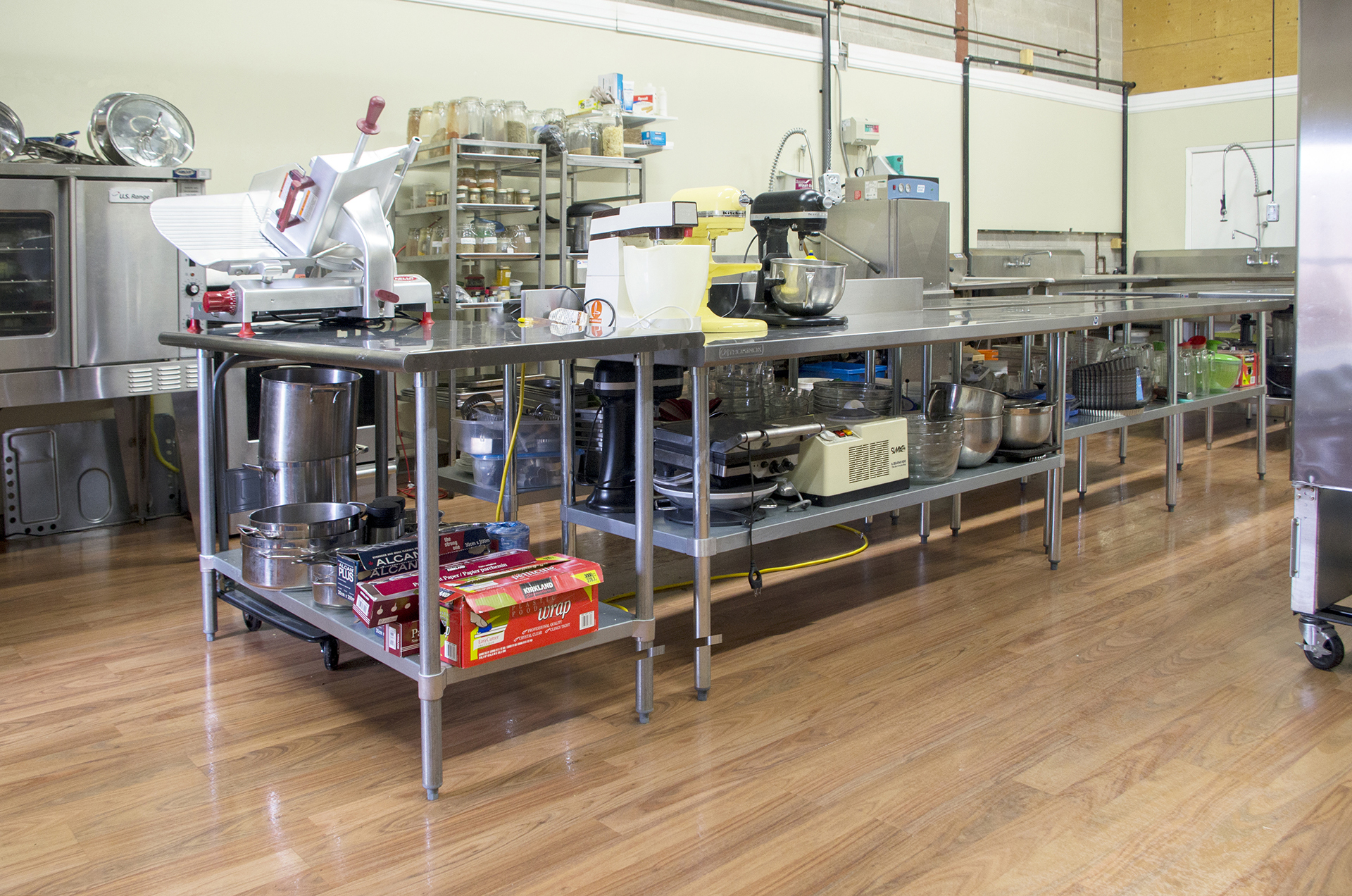 industrial kitchen cleaning services canisters cream hot kitchens to rent alimentary initiatives in good company oakville ontario