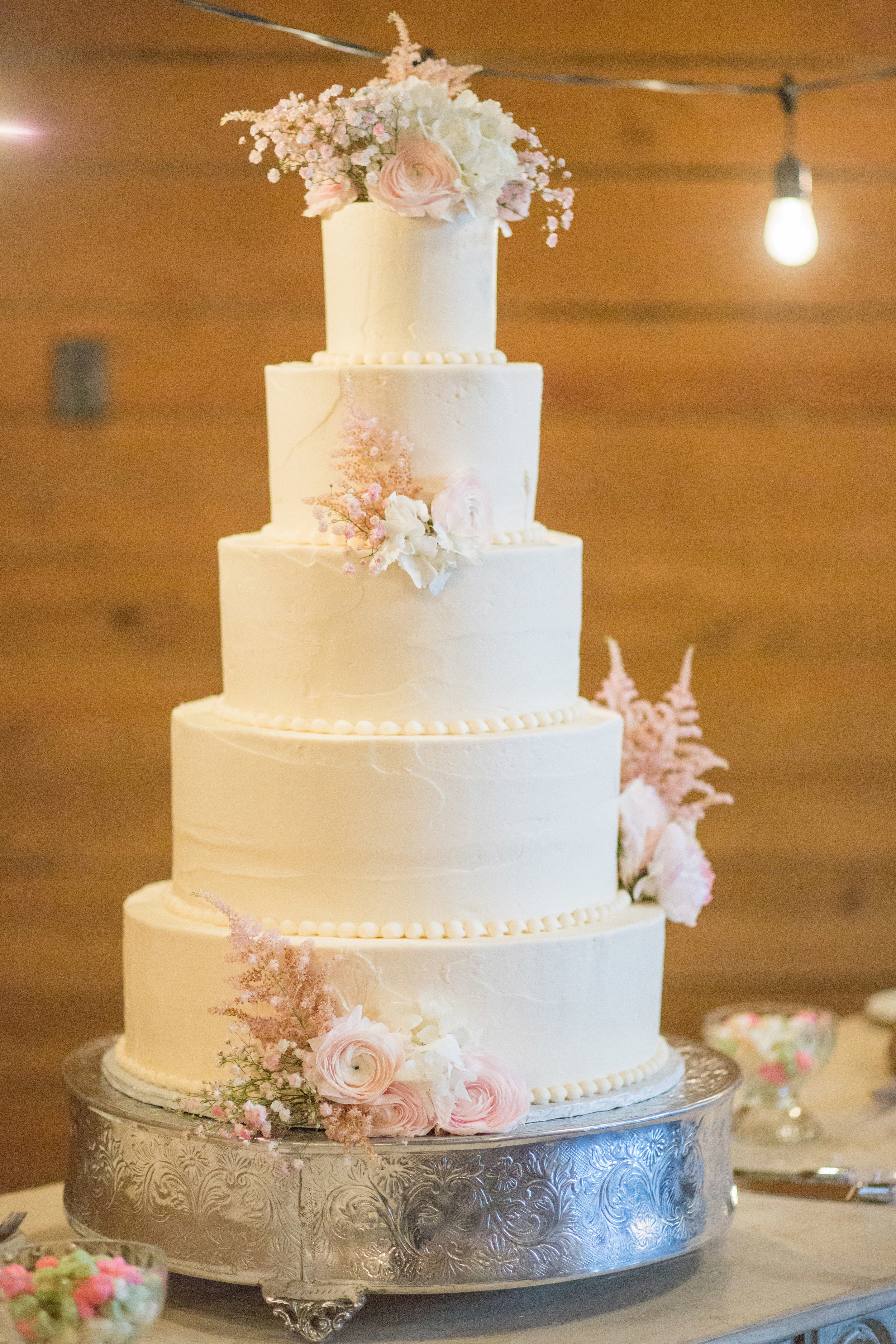 Sugar Bee Sweets Bakery  DallasFort Worth Wedding Cake Bakery  Custom Wedding Cakes