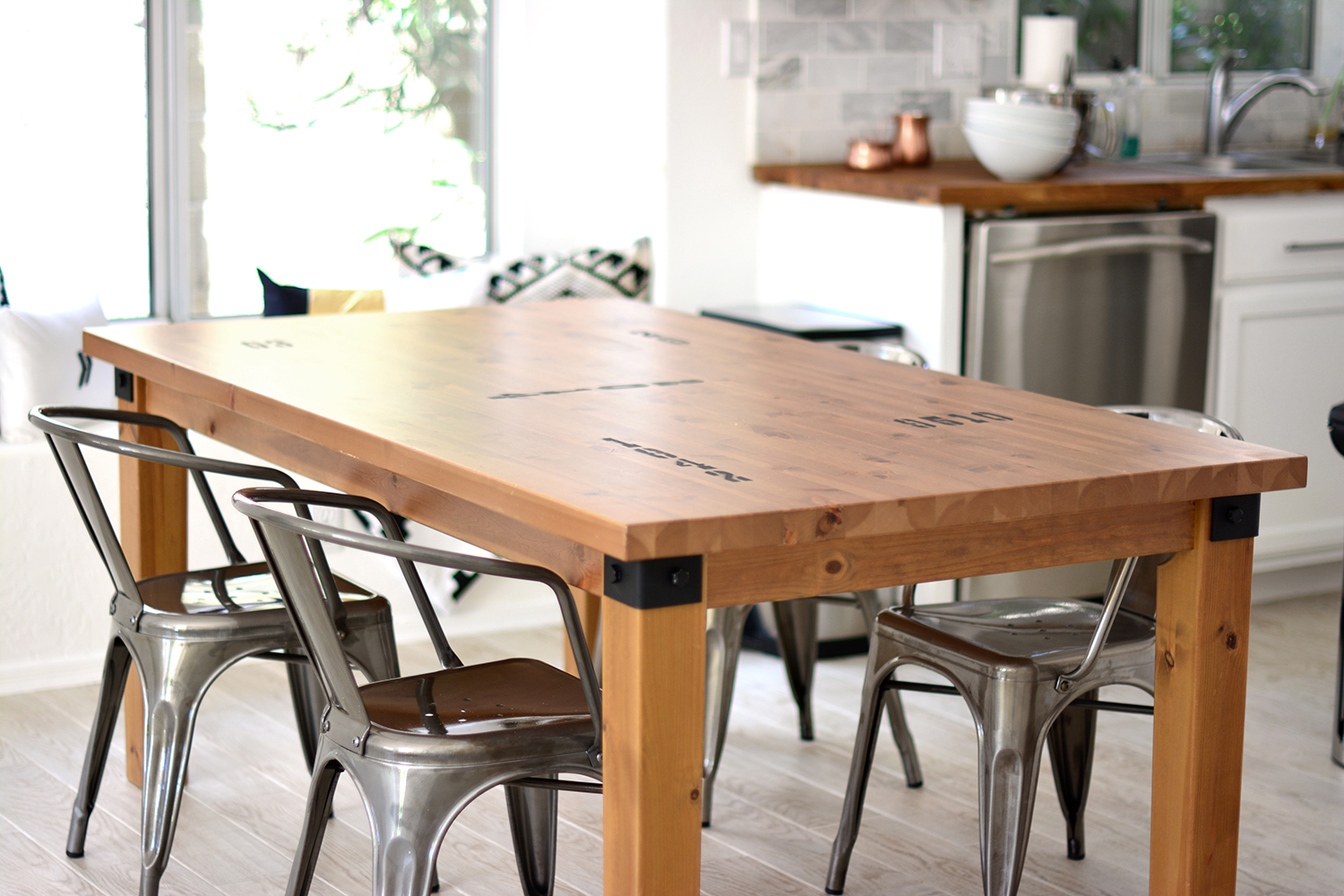 Kitchen Table Makeover + Caprese Spaghetti  Kristi Murphy