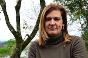 Andrea Peçanha Travassos is a biologist and educator for IPE.