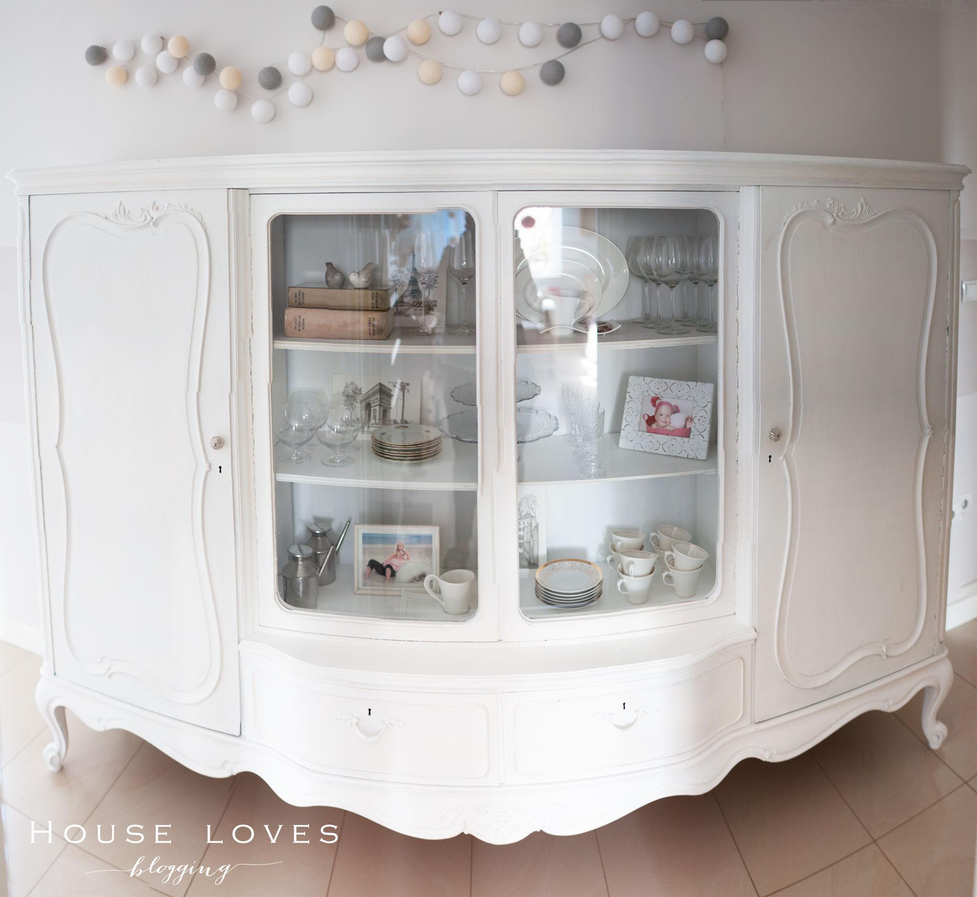Przemalowana Witryna  Glasscase Make Over  HOUSE LOVES