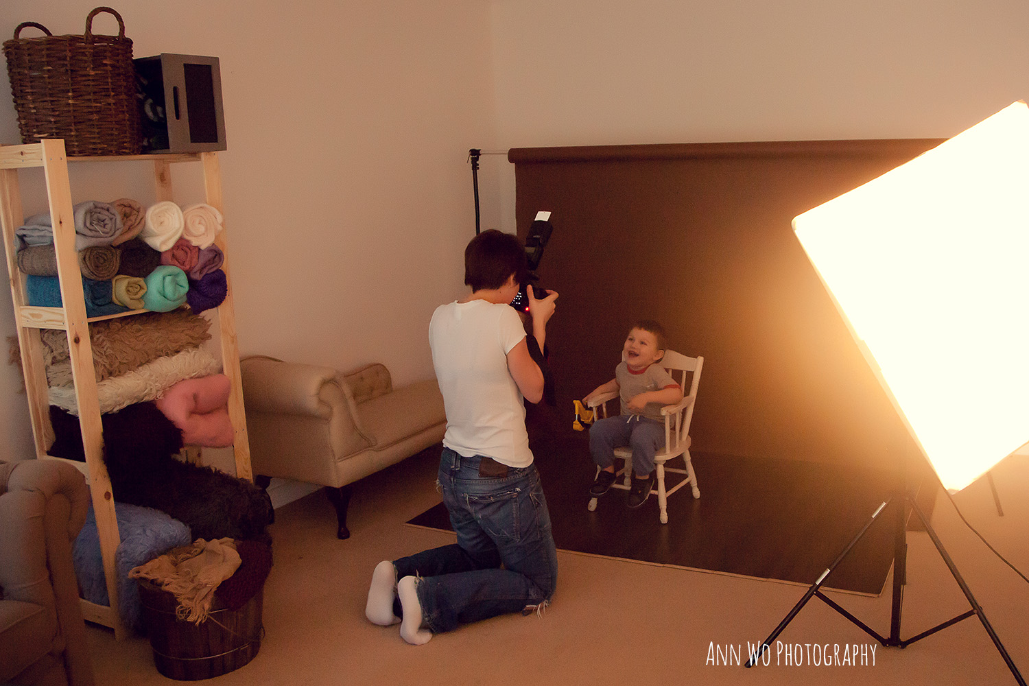 Photography studio lighting set up for minisessions with