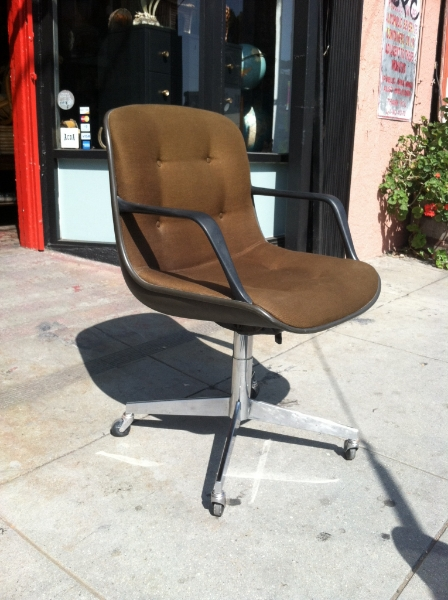 steelcase vintage chair round high top table and chairs inbox influx 1984 desk casa victoria
