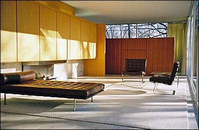 Homes The Farnsworth House by Ludwig Mies van der Rohe