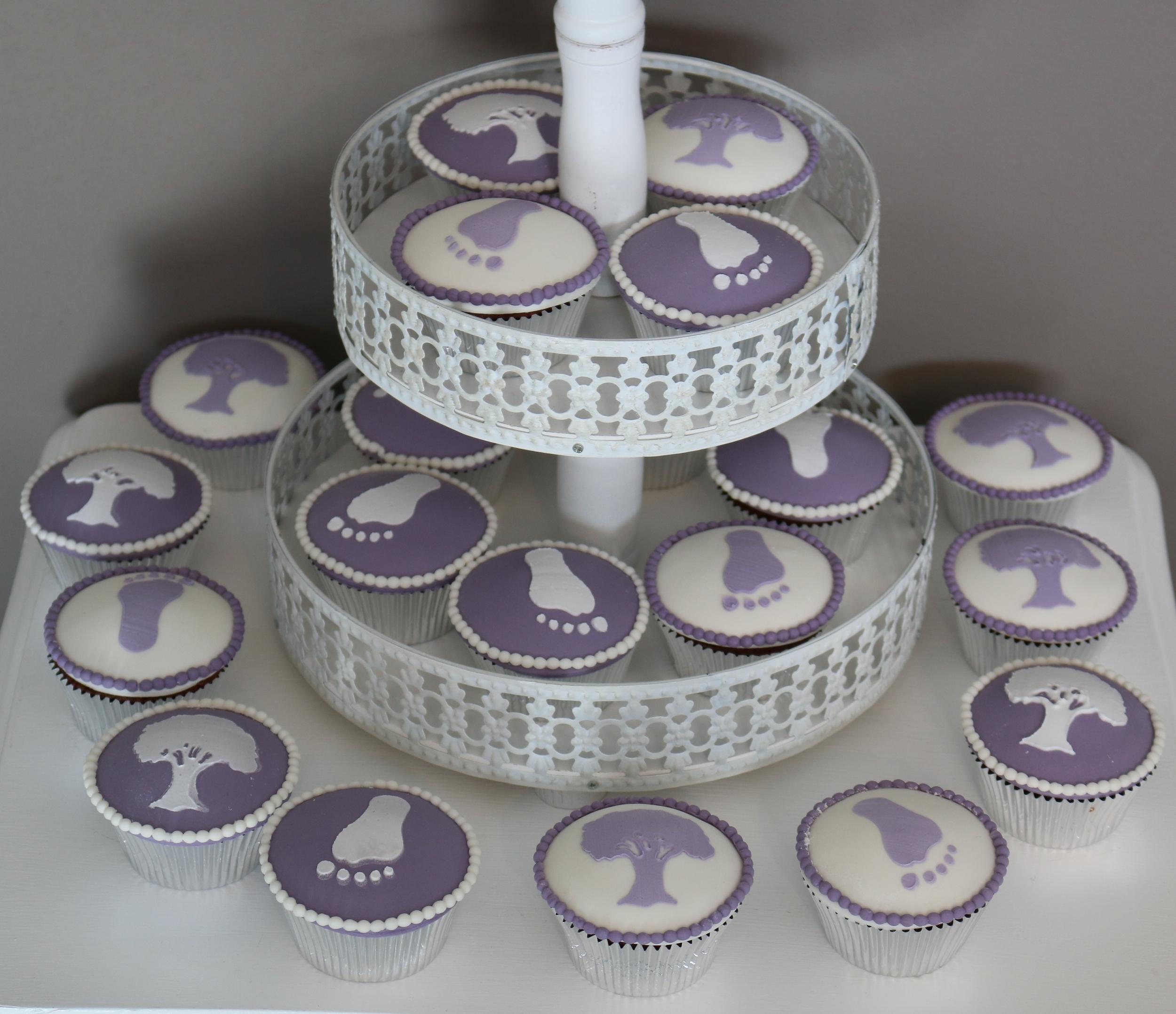 Cupcakes zur Taufe  Barbara Aletter  Patisserie