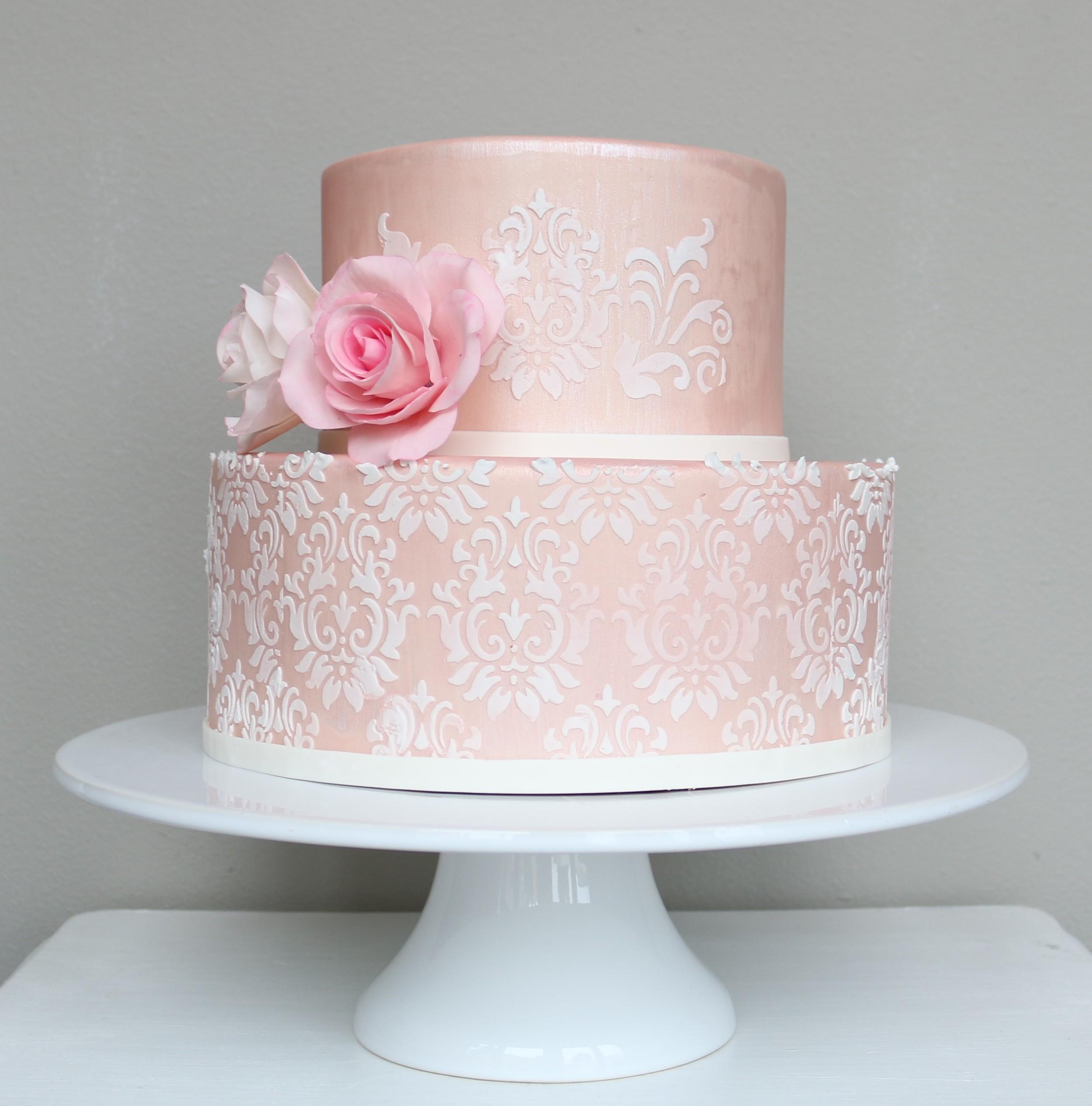Edle Hochzeitstorte oder Geburtstagstorte  Barbara Aletter  Patisserie  Hochzeitstorten und
