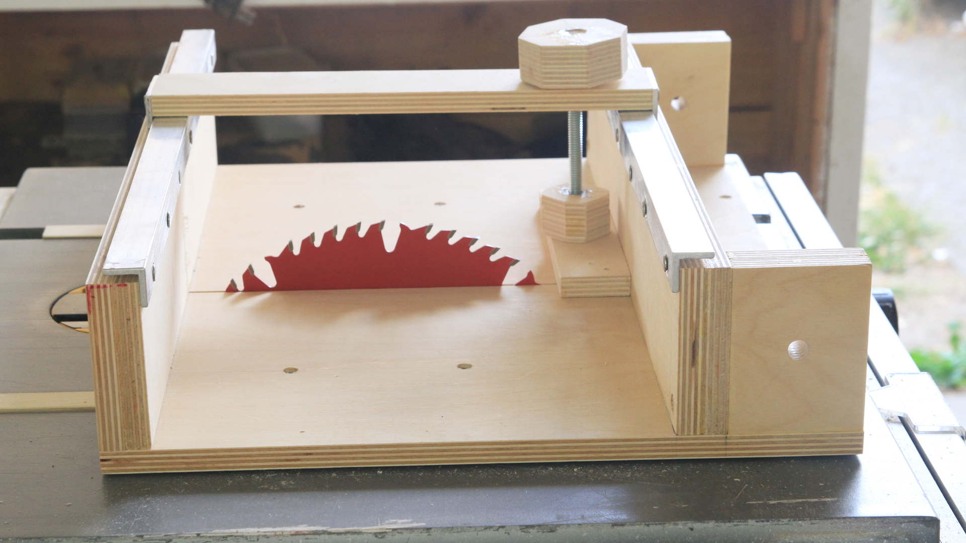 How To Make A Cross Cut Sled For A Table Saw Darbin Orvar