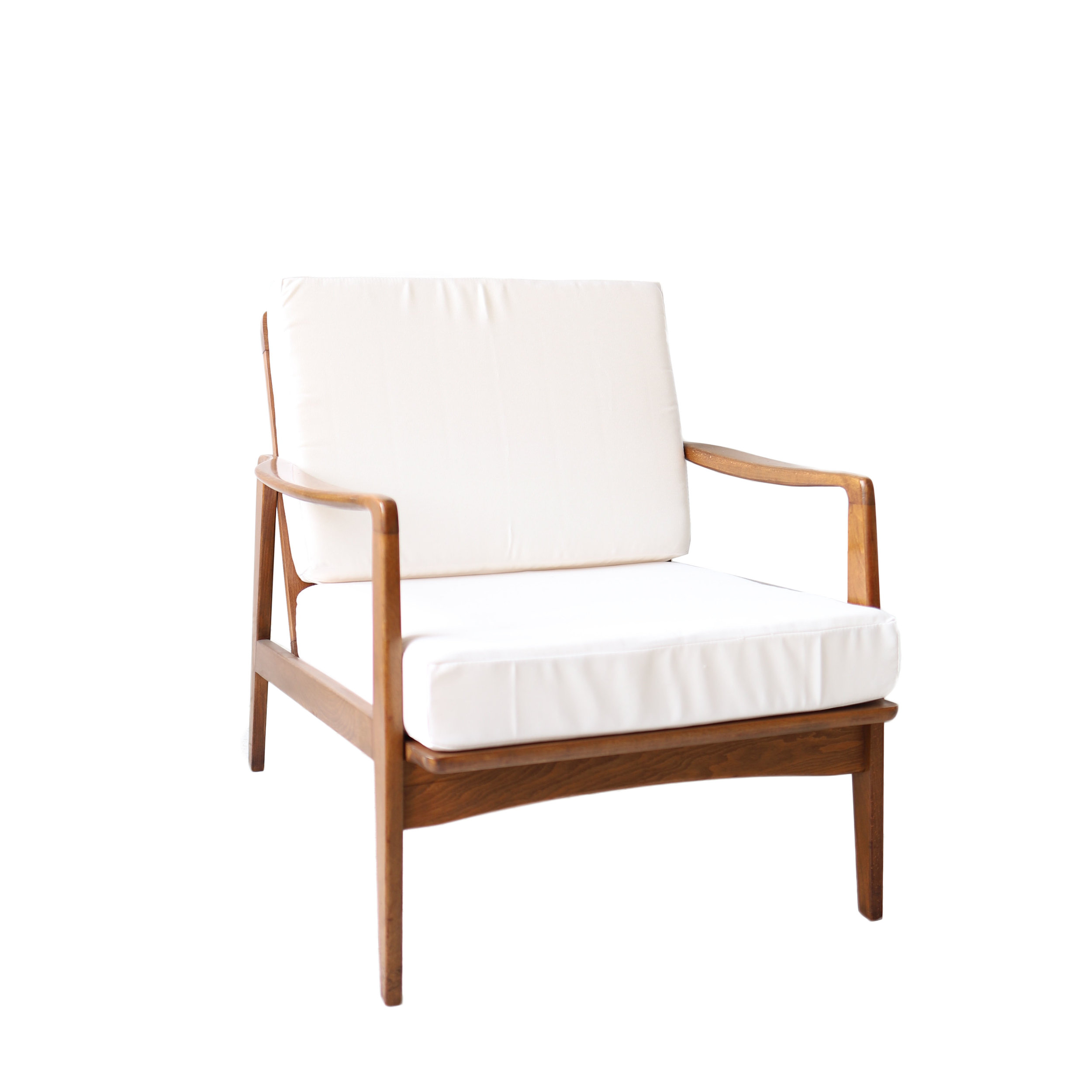 white lounge chair cushions tufted club at 1st sight new products vintage mid century modern jpg
