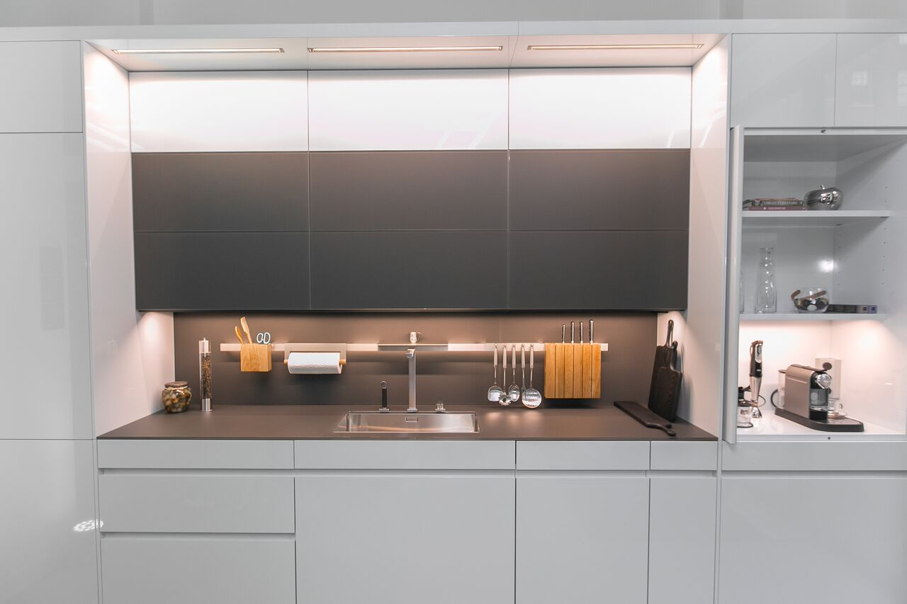 kitchen display artwork ideas leicht opens 1st west coast showroom in the new store