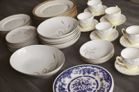 Vintage Looking Dinnerware & Items Similar To Vintage Look ...