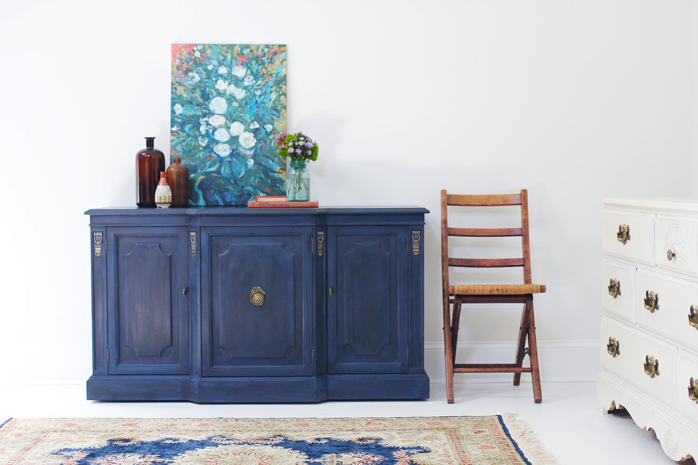 kitchen loans utensils holder regal in blue: pairing annie sloan's black wax with ...