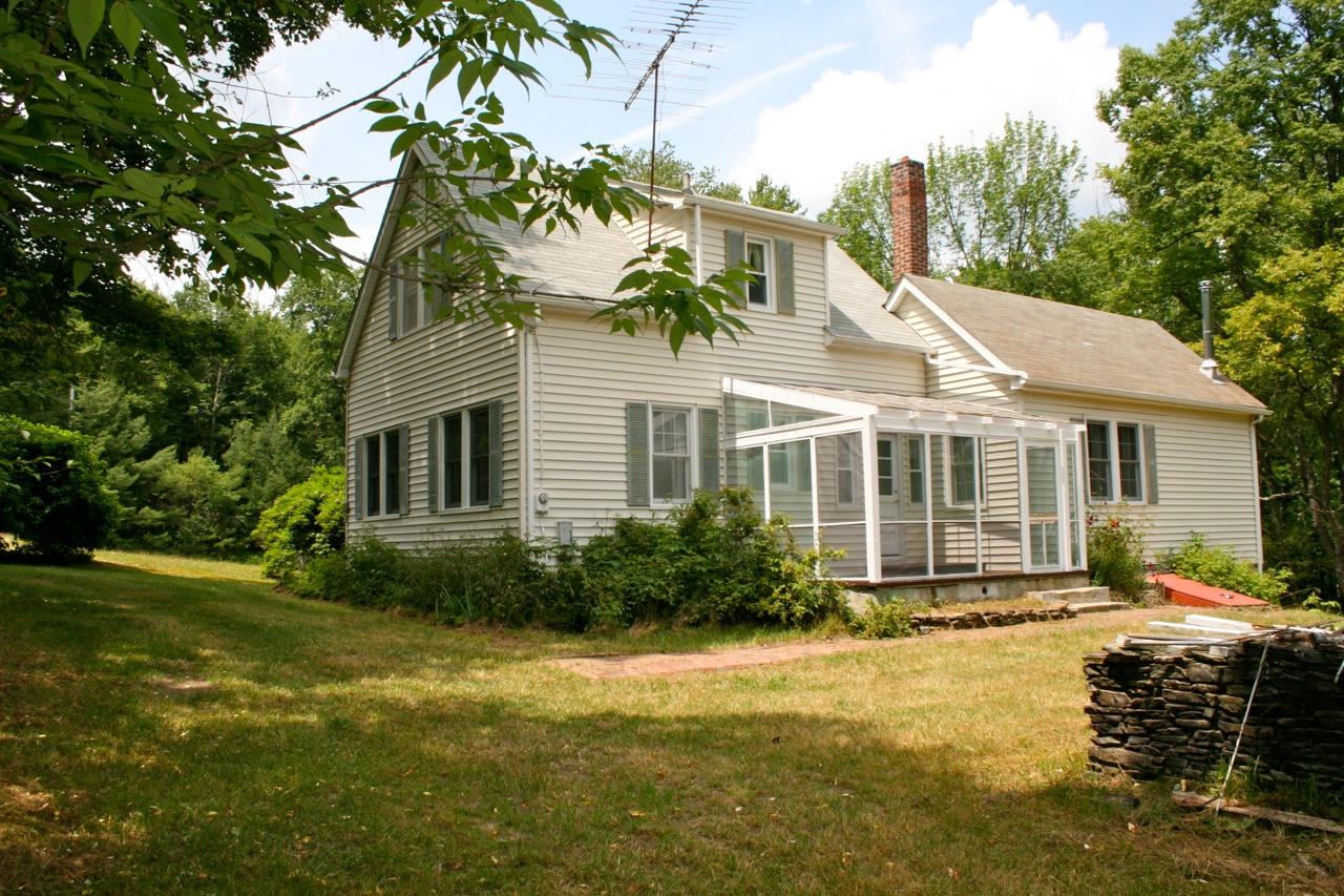 The Homestead Sold 1930s Home W Cottage On 100 Acres