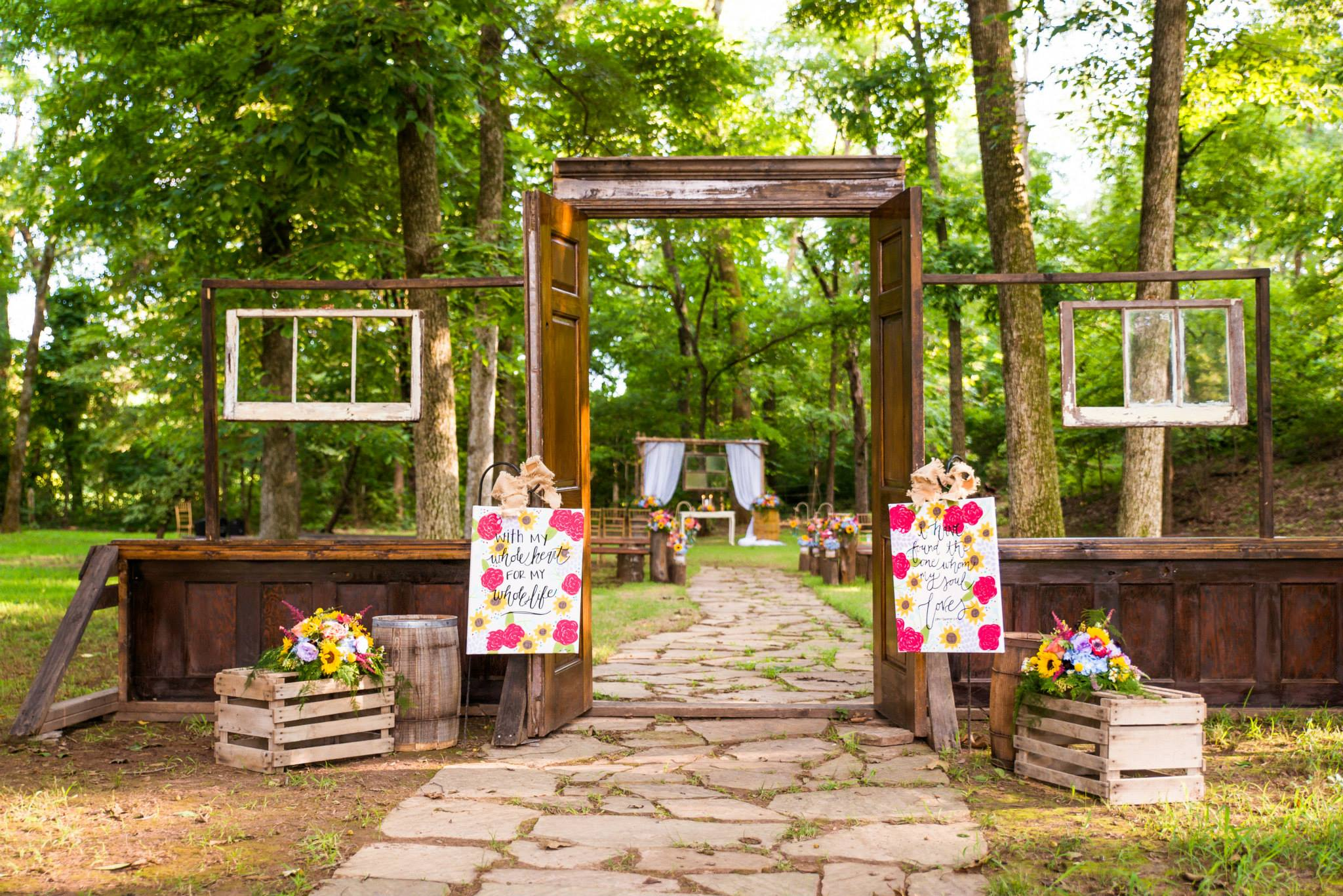 Wedding Inspiration: Fall Ceremony Ideas