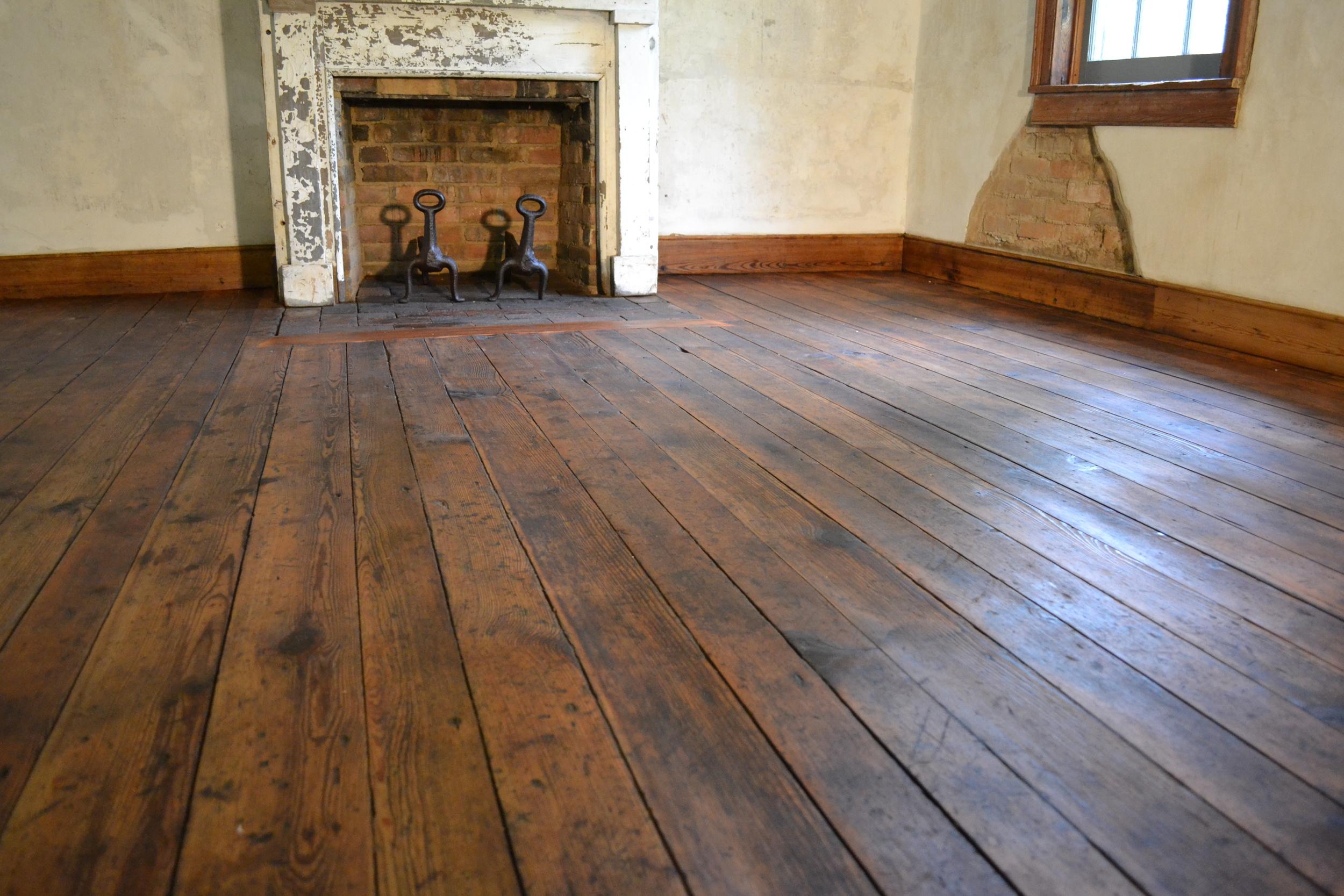 Best Finish For Pine Floors