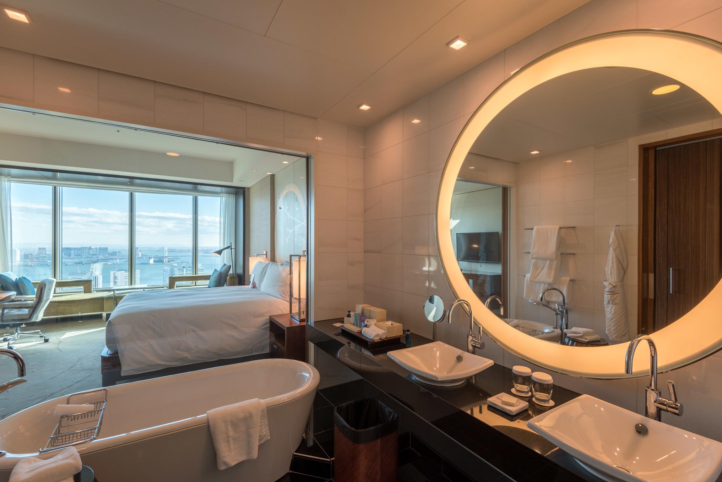 Hotel Review Conrad Tokyo King Executive Room Bay View