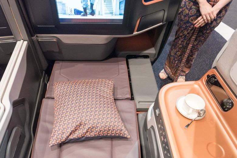 Recline into Flat Bed New Business Class (2017) Product on Singapore Airlines' A380