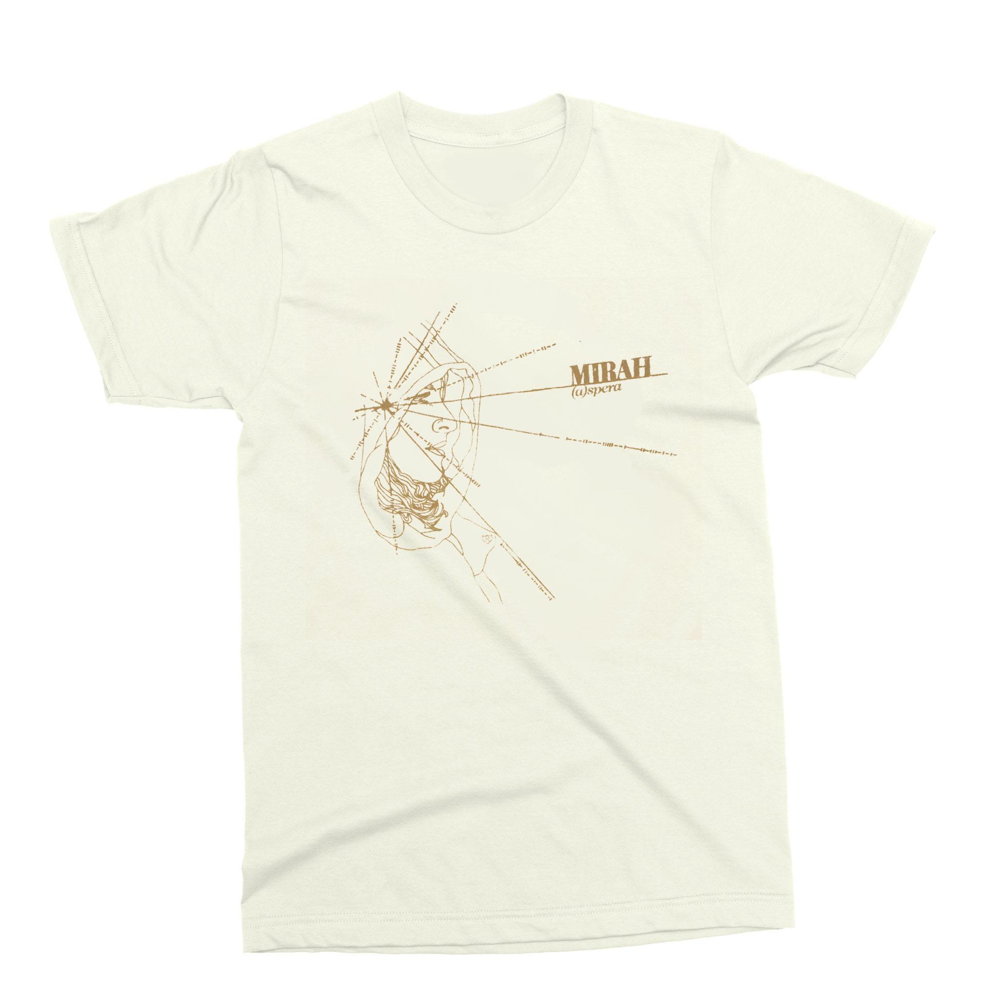 hight resolution of  a spera t shirt mirah