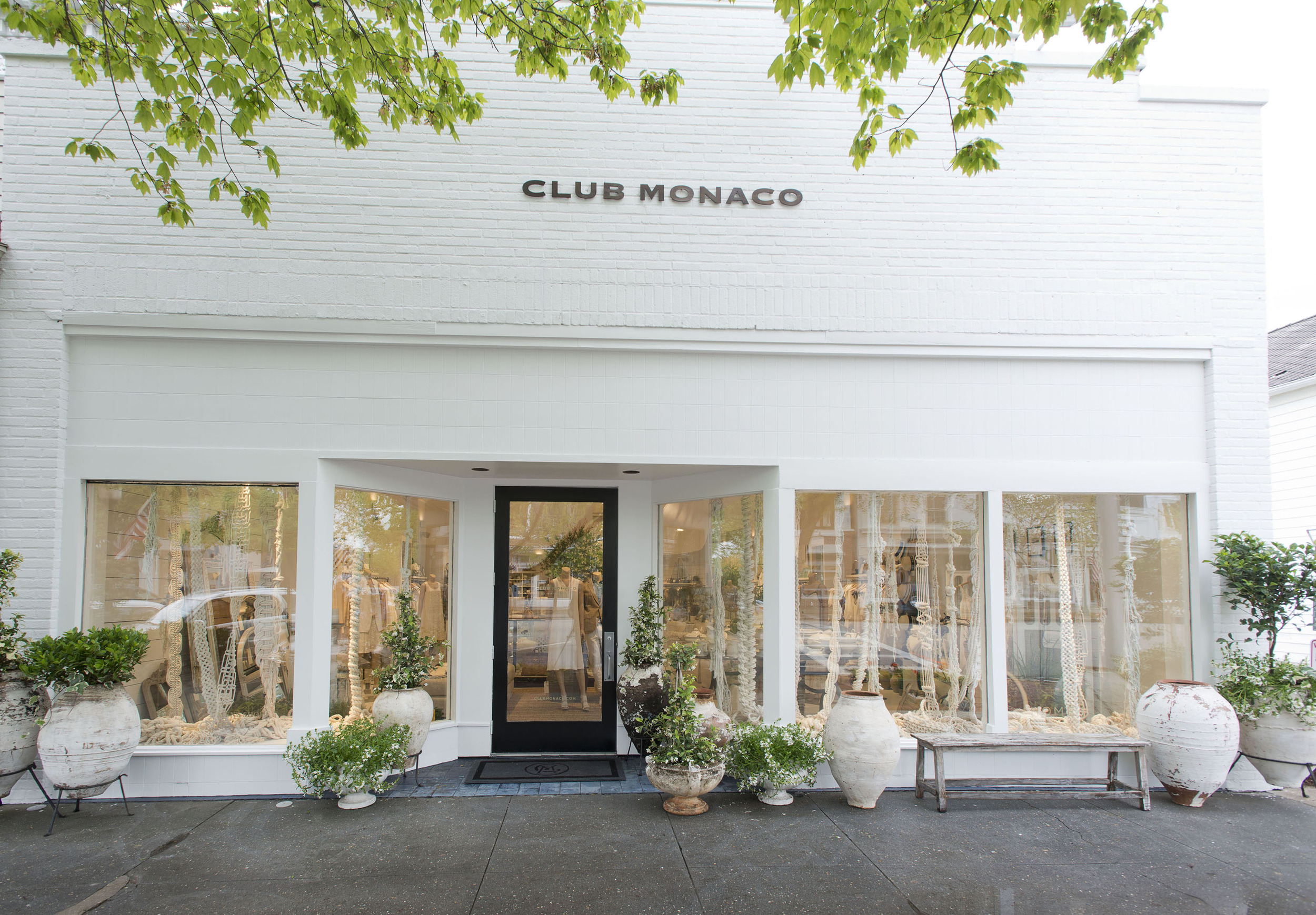 STYLE IN STORE WHY YOU WILL WANT TO MOVE INTO CLUB MONACO