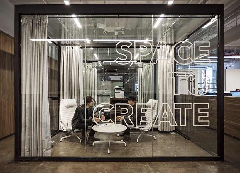 fiftythree's new york office features transparent spaces to create Inspirational. I could work all day there. More pics.