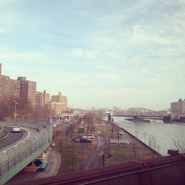 at Metro-North Park Avenue Bridge (Bronx / Manhattan)
