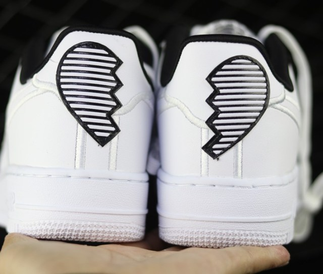 2018 Nike Air Force 1 Low Valentines Day