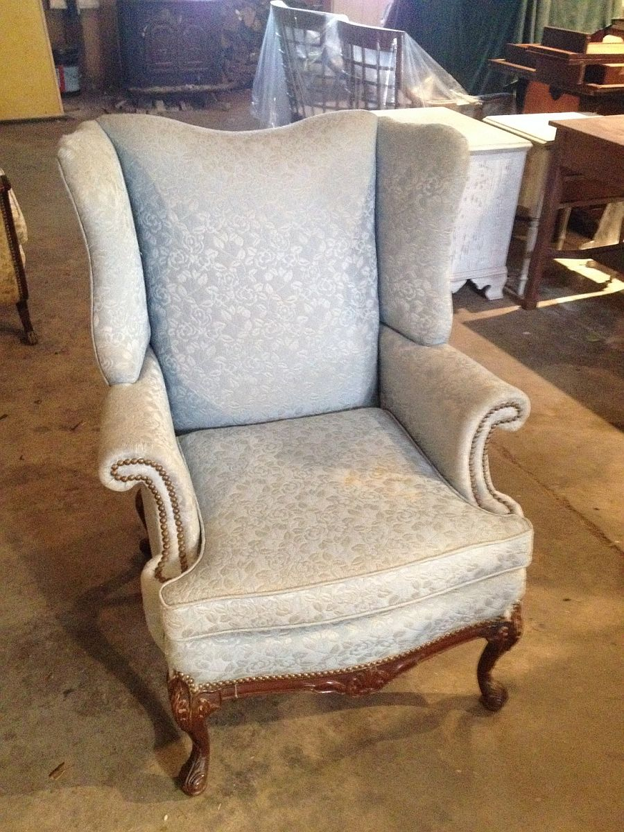 Cost Of Reupholstering A Chair Cost To Re Upholster A Wing Chair