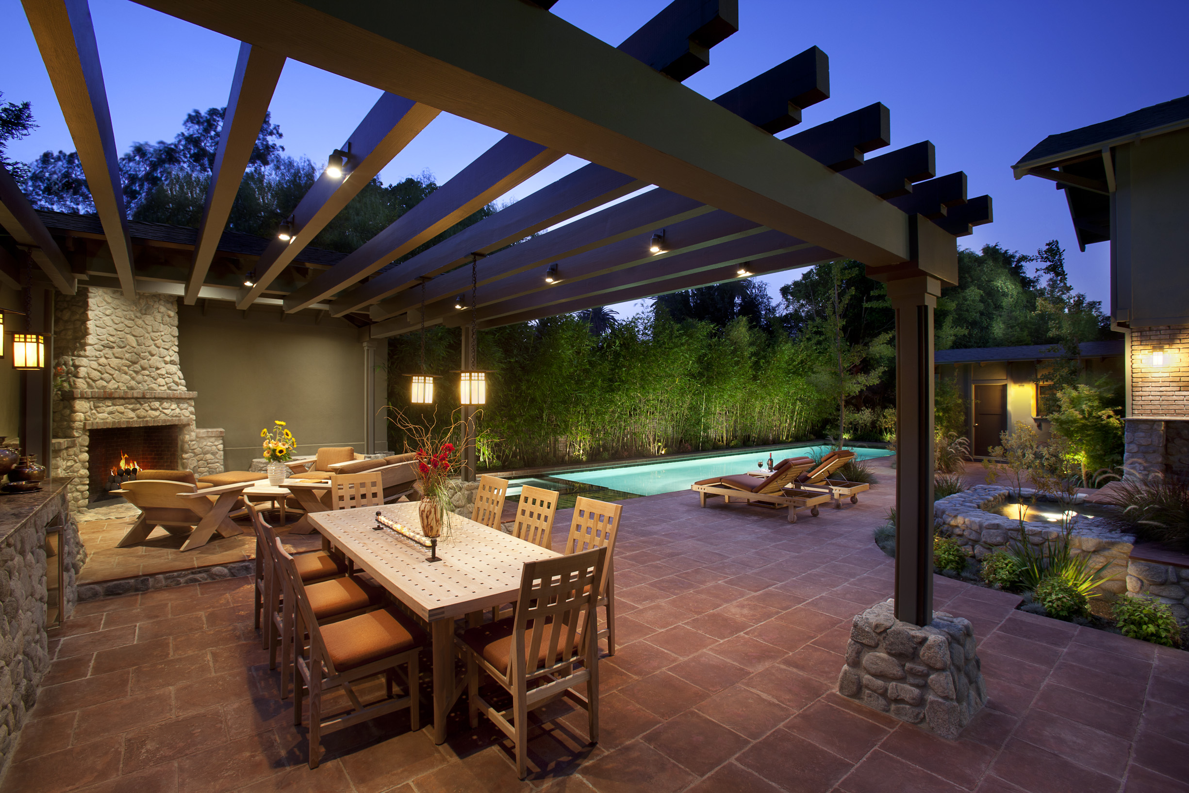 Outdoor Pool and Patio Designs