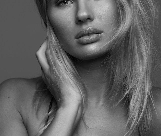 Emma Leigh 03 Bw Jpg
