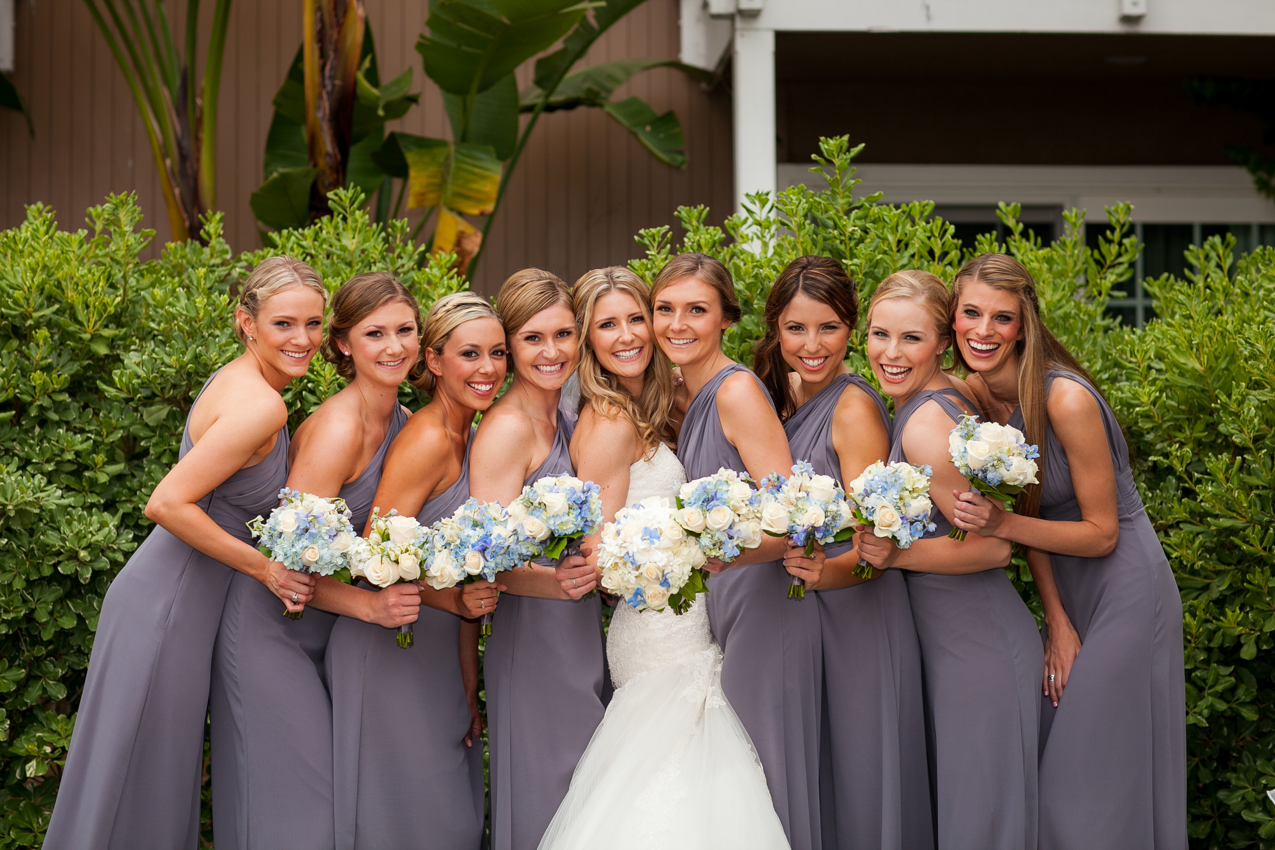 Large Bridal Party = Bad Idea — The Overwhelmed Bride