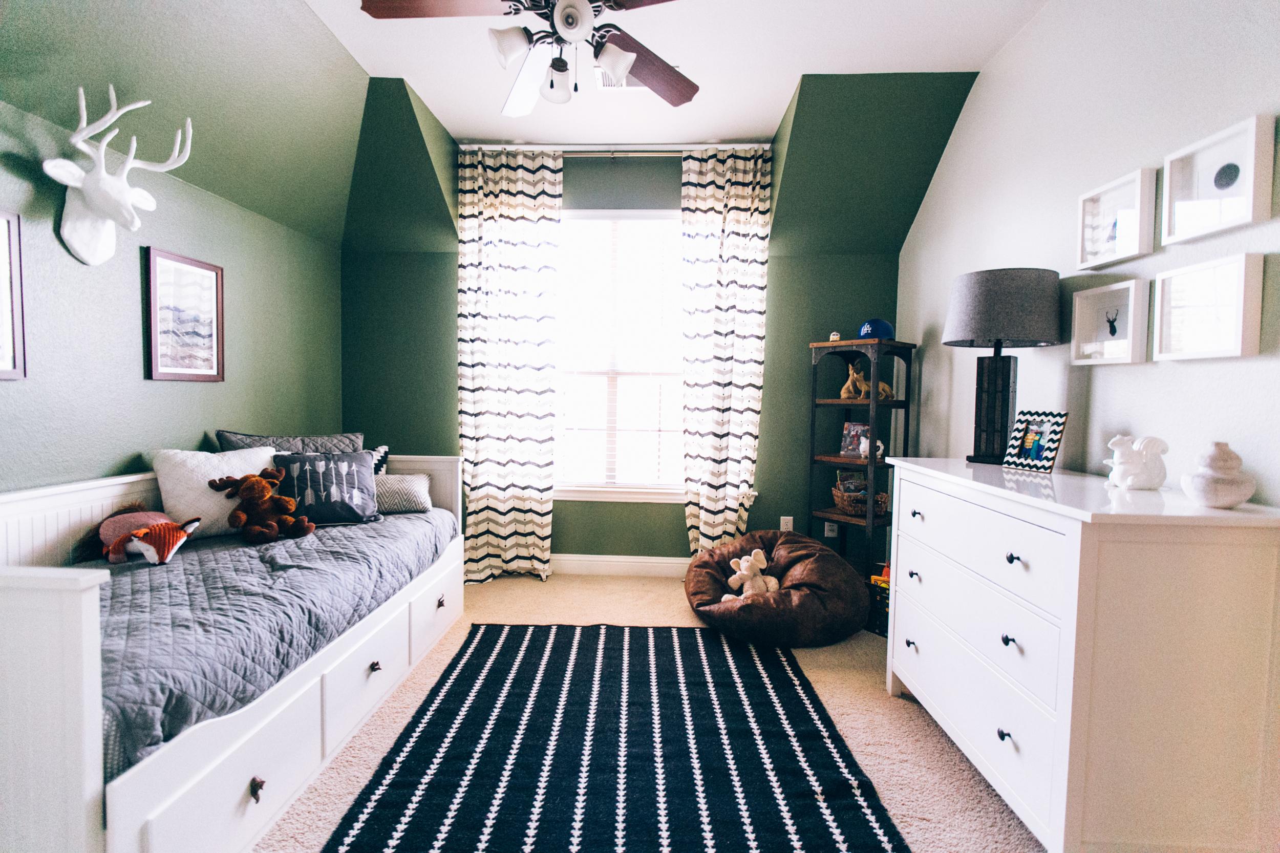 Lambert HomeLittle Boy Wilderness Room