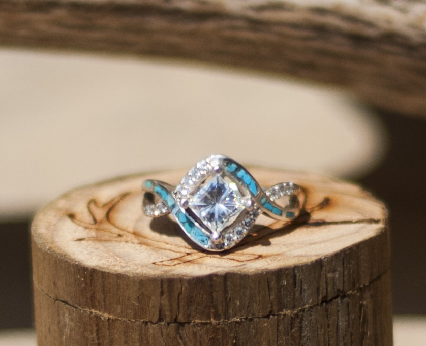 HELIX 1ct MOISSANITE ENGAGEMENT RING WITH TURQUOISE