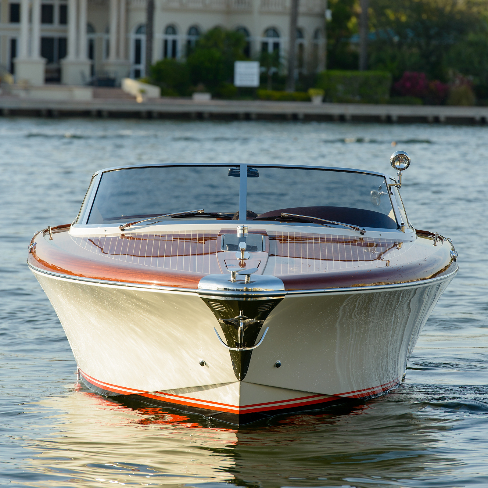 Worlds Most Beautiful Boat Crafted By Riva Yacht Aquariva Super 33 Ft Chris Coughlin Yacht