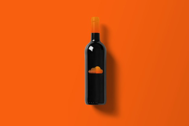 Wine-Bottle-Mockup_souindlcoud.jpg