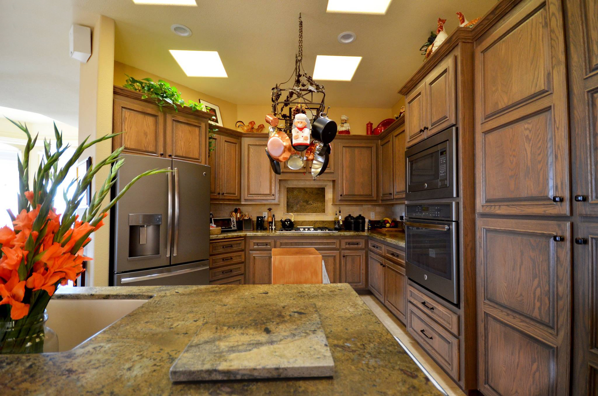 kitchen cabinet reface white storage refacing new life bath reface1 jpg remodeling services bathroom custom cabinets