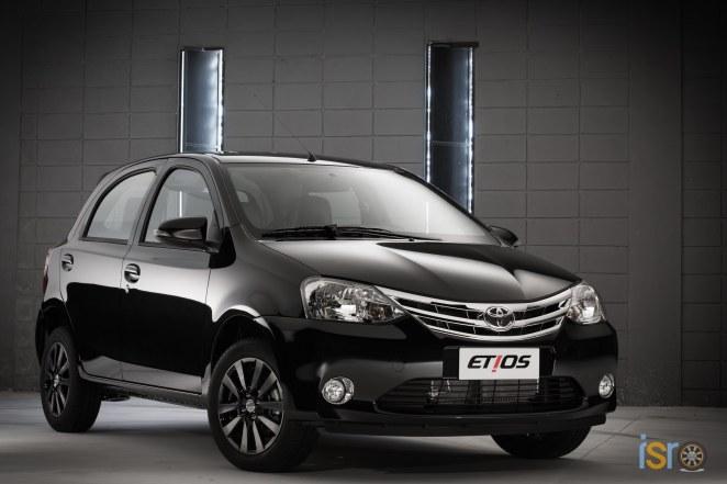 toyota etios platinum hatchback 1+%28A+WEB%29