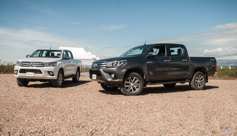 Contacto: Toyota Hilux 2016 2