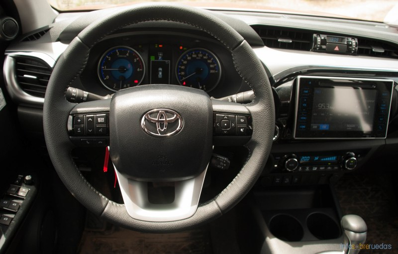 Contacto: Toyota Hilux 2016 62