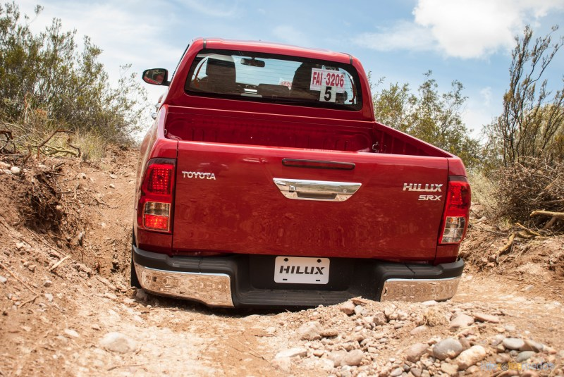 Contacto: Toyota Hilux 2016 66