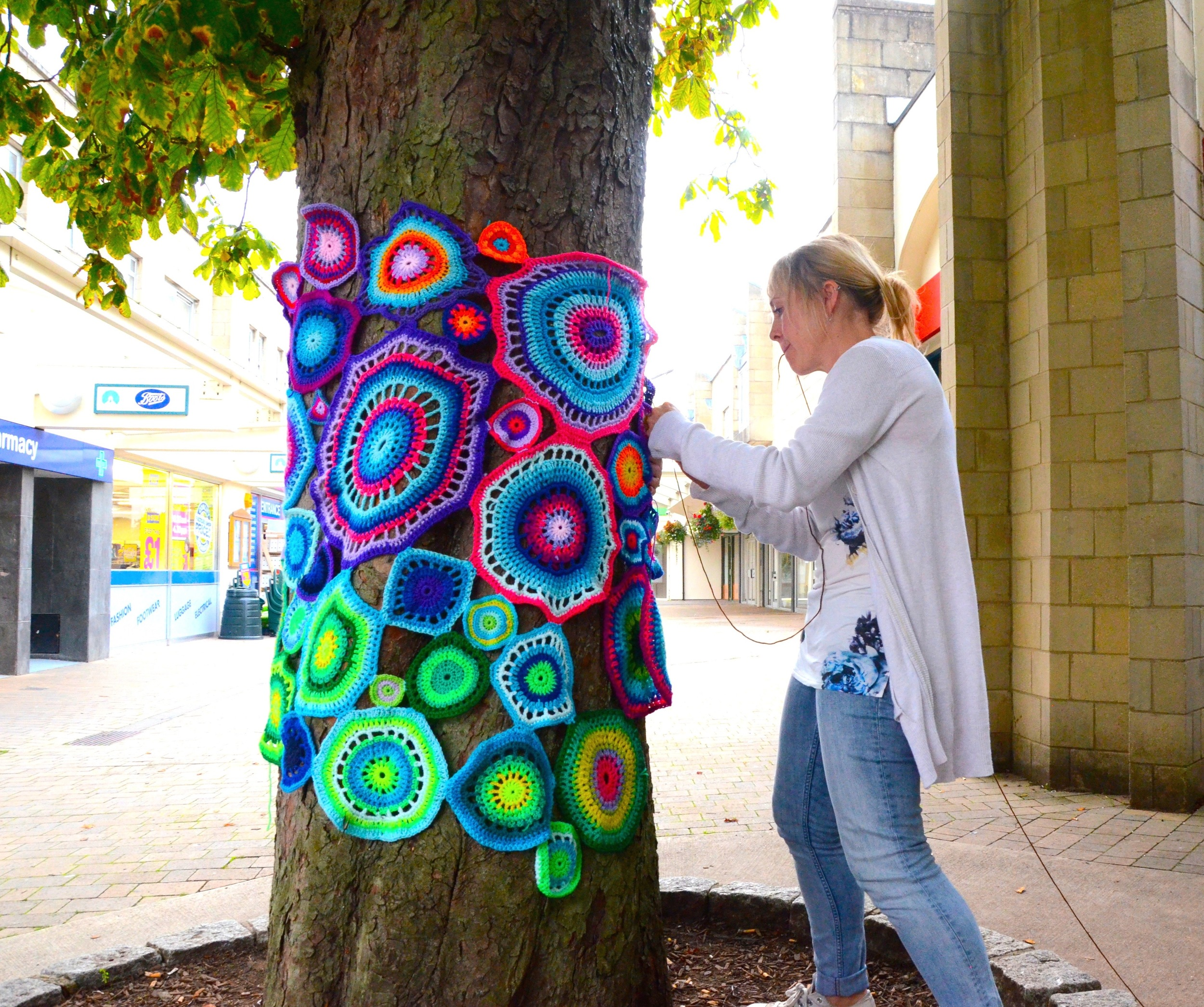 Ten Tips For A Successful Yarn Bomb Emma Leith