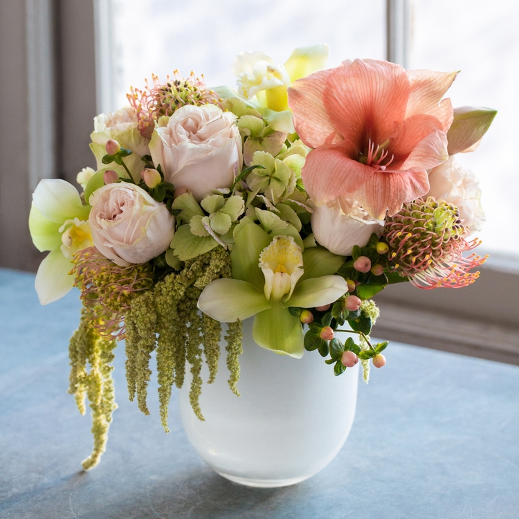 Rouvalis Flowers Boston Florist Daily Fresh Flower
