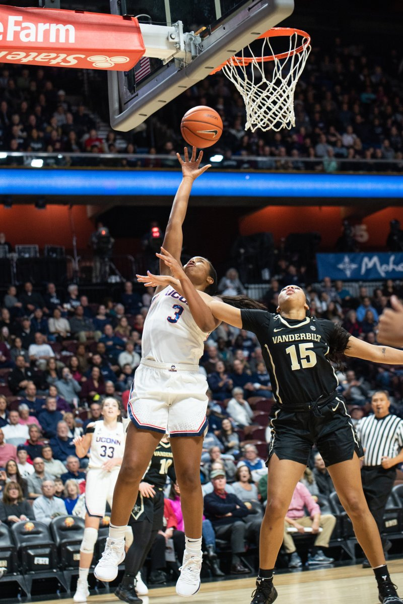 UConn forward Megan Walker goes up for a layup during the Huskies' game against Vanderbilt on Nov. 17, 2018. (Charlotte Lao/ The Daily Campus)