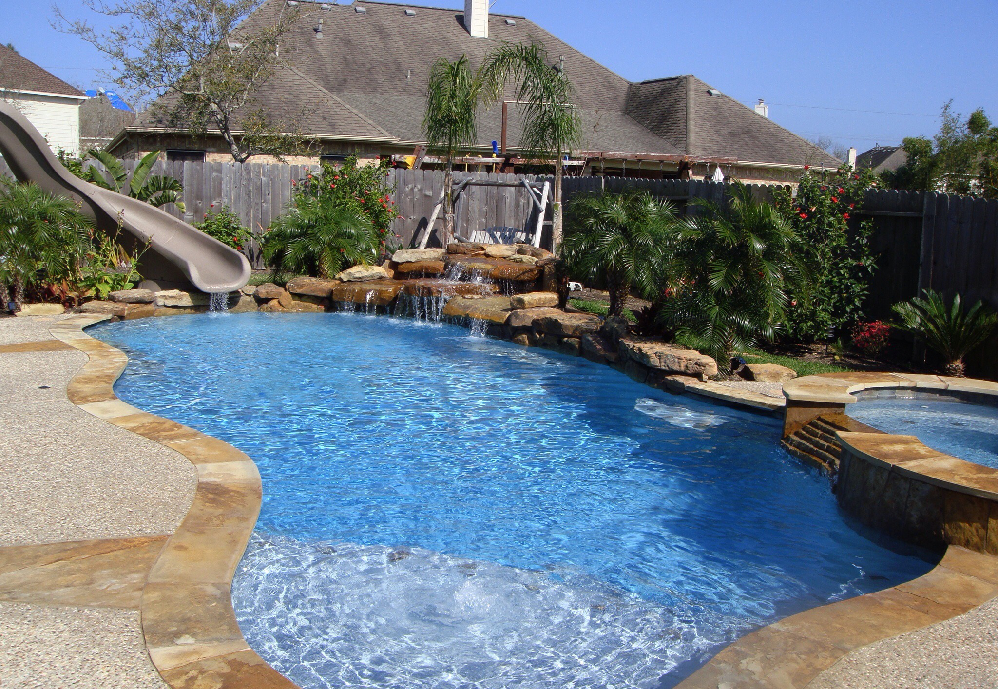 Friendswood  Backyard Amenities
