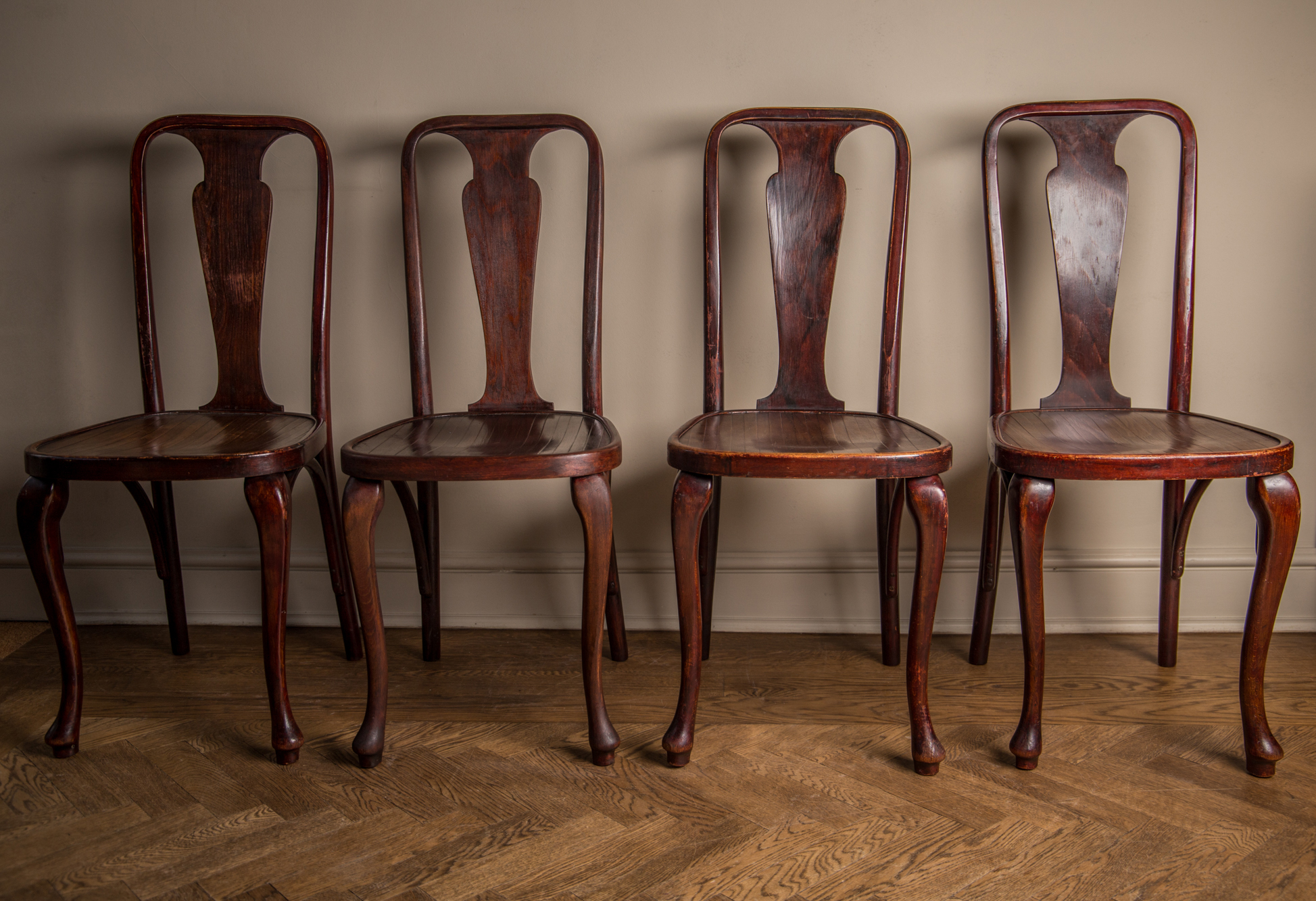 Art Deco Dining Chairs A Set Of 4 Rare Splat Back Art Deco Thonet Dining Chairs