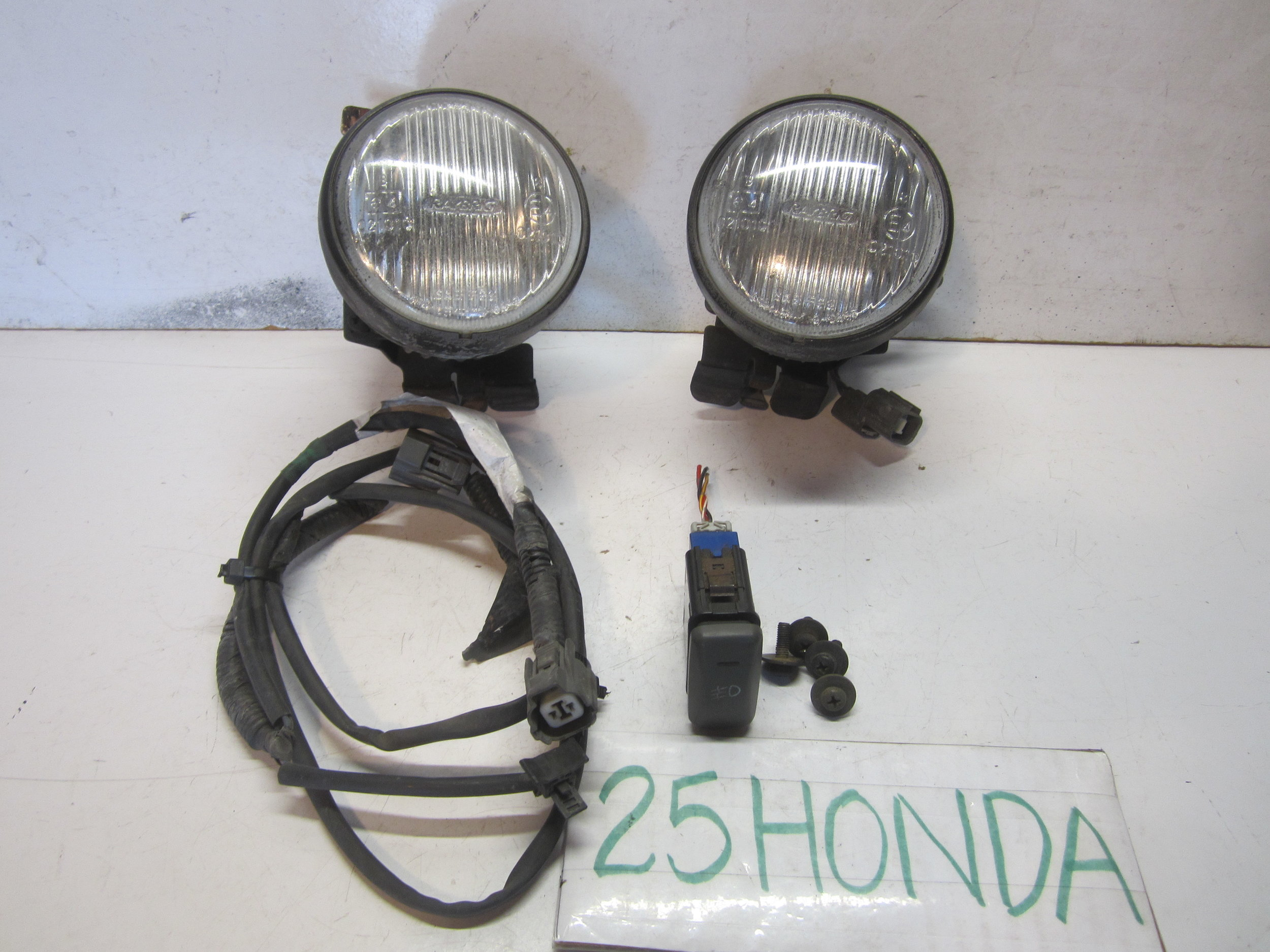 small resolution of 1996 1998 honda civic sedan raybrig factory optional fog lights 25hondalouver fog light armrest headlight side marker corner light console cup holder